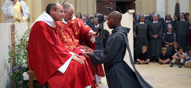 Ordination et voeux des Frères de Saint-Jean
