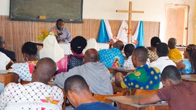Institut Africain pour les Valeurs Culturelles et Familiales (IAVCF) animé par les Frères de Saint-Jean à Abidjan