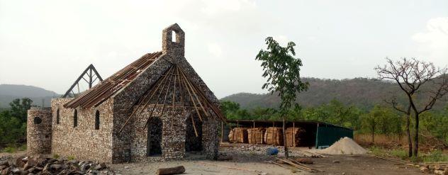 Chantier de la chapelle des Frères de Saint-Jean à la Lumen Valley
