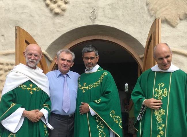 Messe d'au-revoir des Frères de Saint-Jean en Russie
